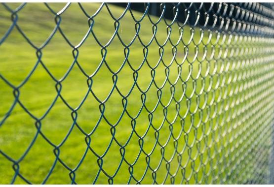 Príslušenstvo pre štvorhranné pletivá a zvárané siete